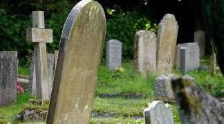 Nie zapominajmy o opuszczonych grobach