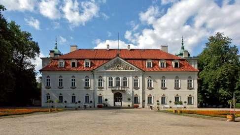 Wspieram rożne przedsięwzięcia naukowe i kulturalne w Polsce, na Litwie i Białorusi
