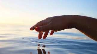Woda najlepszym kosmetykiem dla skóry
